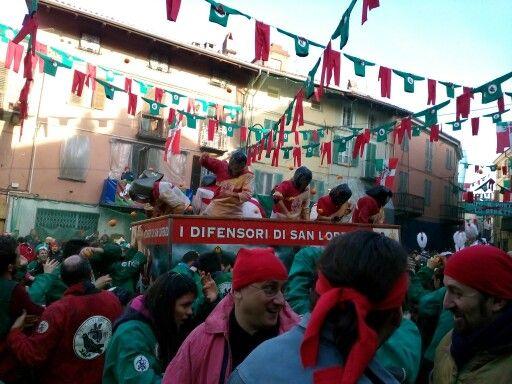 Carnevale di Ivrea, battaglia delle Arance