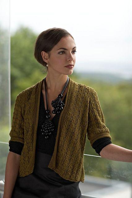 Ravelry: Morbærsilkejakke pattern by Linda Marveng. Photo: Kim Mülller. Model: Francesca Golfetto