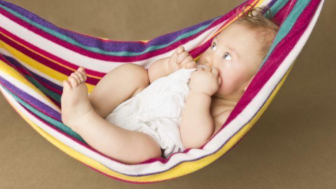 Kinder großzuziehen ist zwar der schönste, aber wohl auch der härteste Job der Welt. Die folgenden Tricks können das Elterndasein ein wenig erleichtern.