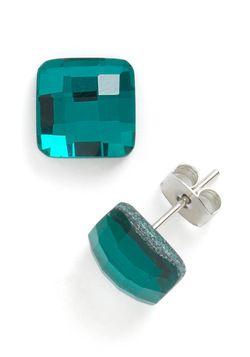 Emerald Island Earrings -- ModCloth