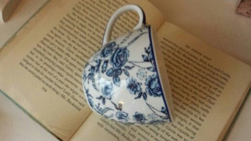 Pretty blue floral teacup www.butterflyivy.weebly.com