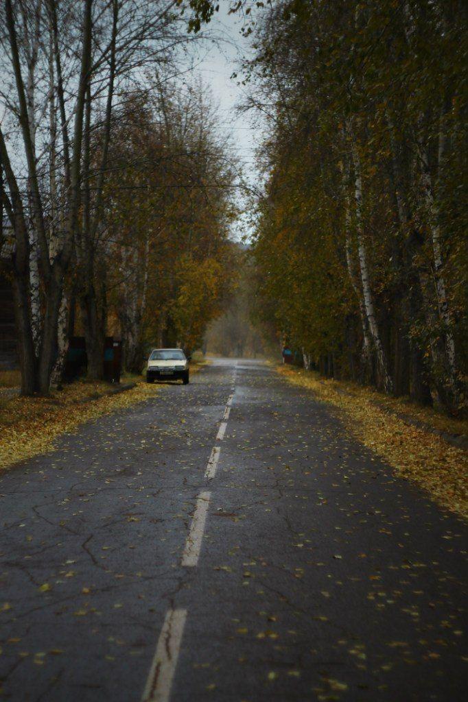 #autumn #90s #road #car #lada #samara #postsoviet