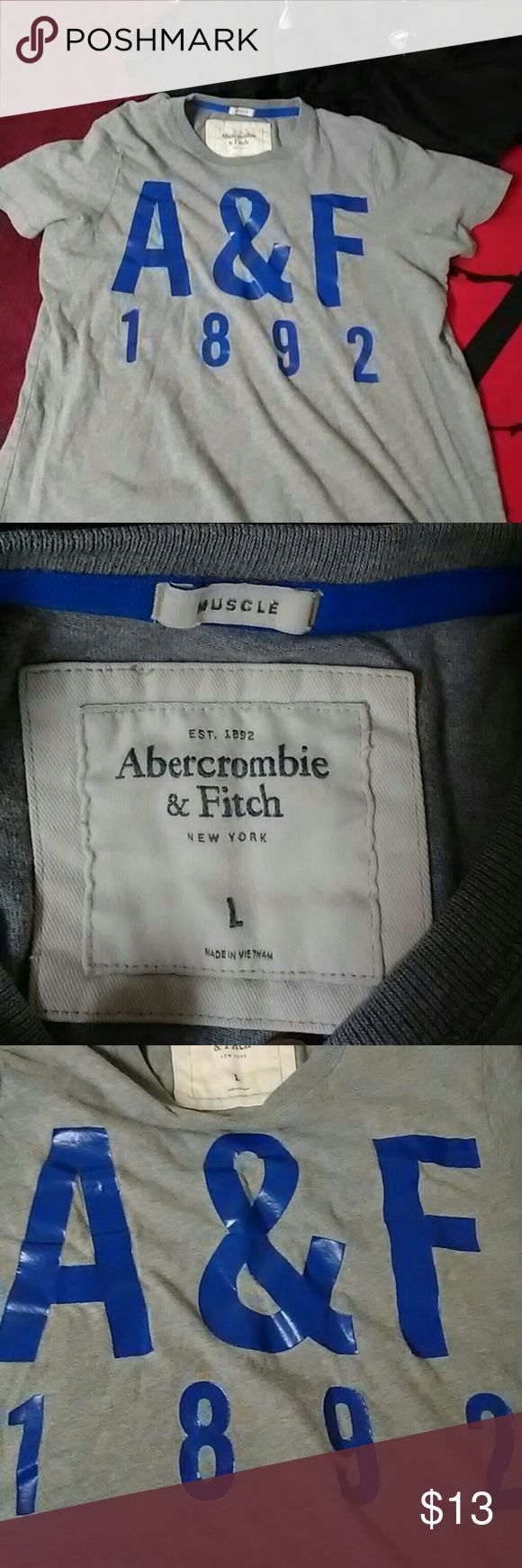 Abercrombie and Fitch T-Shirt Says large but also says muscle shirt so I marked to medium Abercrombie & Fitch Shirts Tees - Short Sleeve