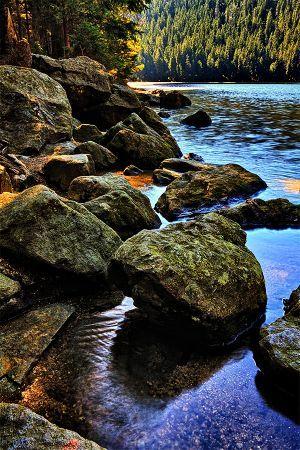 Devil's stones