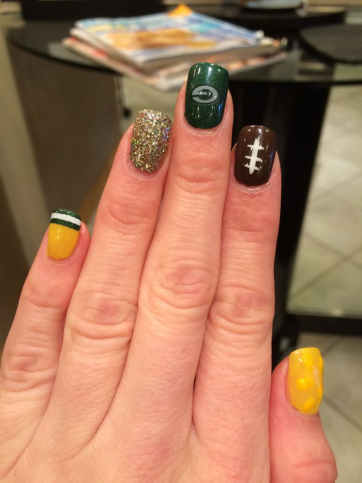 Green Bay Packer nails done right!!!! Lambeau Baby!!