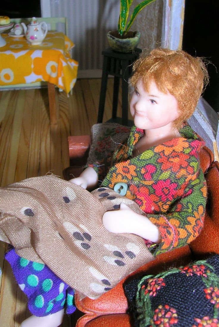 Doll by Taru Astikainen, styling by Anne, Malakoffit   - Salme 1:16