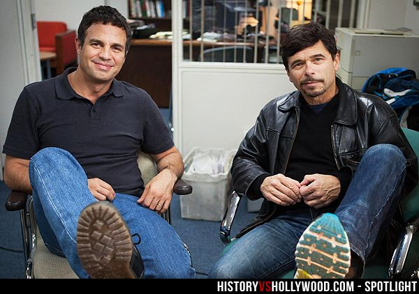 Mark Ruffalo and his real-life 'Spotlight' counterpart, Mike Rezendes. See more pics at: http://www.historyvshollywood.com/reelfaces/spotlight/