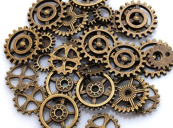 懐中時計型のミール皿や空枠、ピアスなどにぴったりの歯車パーツです 色は、ゴールド、シルバー、アンティークゴールドの3色を販売中他の商品も出品中!! 何個買って...|ハンドメイド、手作り、手仕事品の通販・販売・購入ならCreema。