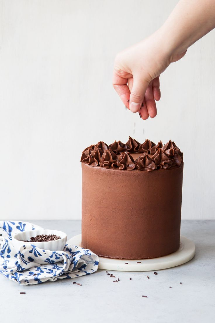 chocolate fudge filling for wedding cake 1000 ideas about layer cakes on cakes lemon 12706