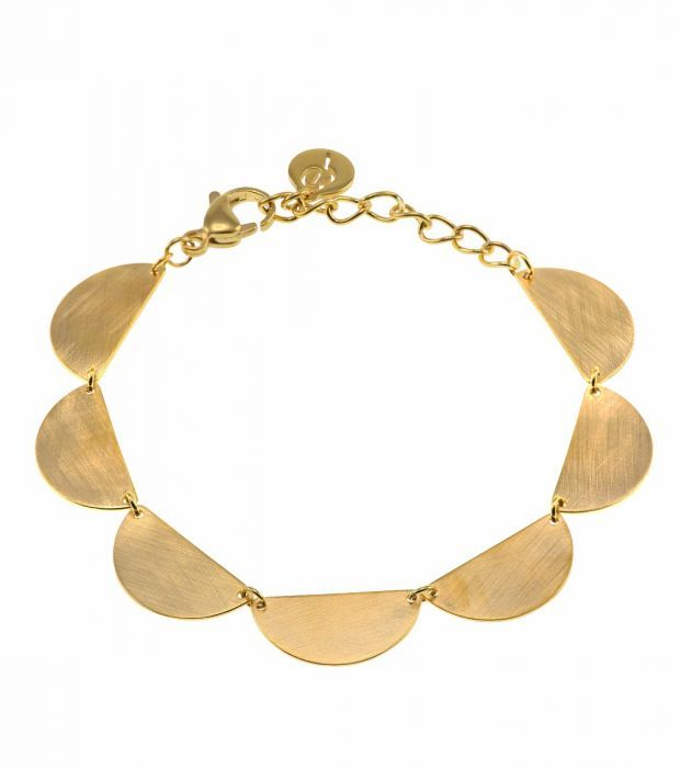 Storlek 10x20 mm, armbandets justerbara längd 16,5-19,5 cm.   Matt och blank guldplätering på rostfritt stål. Nickelsäkert.