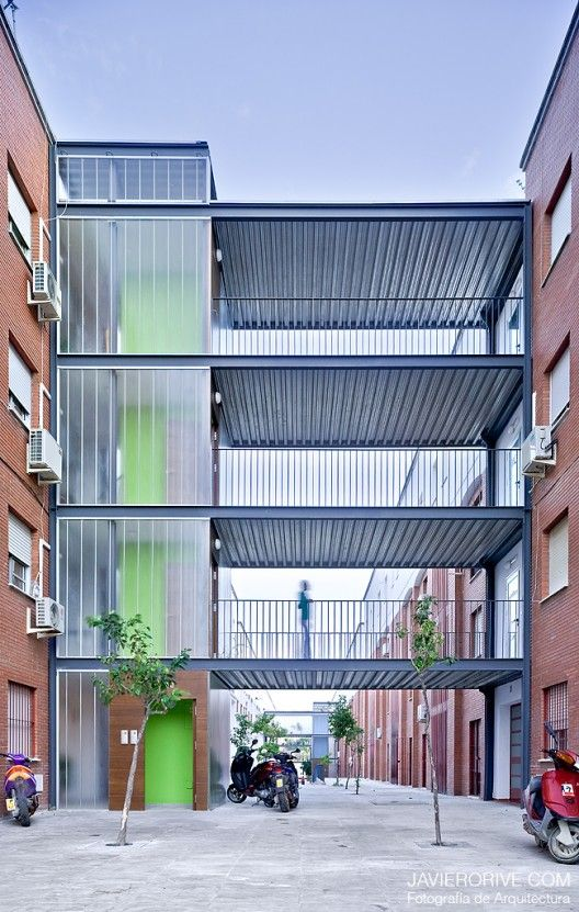 Interventions In Common Areas Of Public Multi-Family Housing Buildings - Sevilla, Spain
