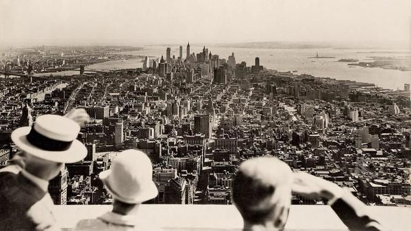 View from the top of the Empire State Building  on the opening day, 1931. http://t.co/SV3OETyfJv