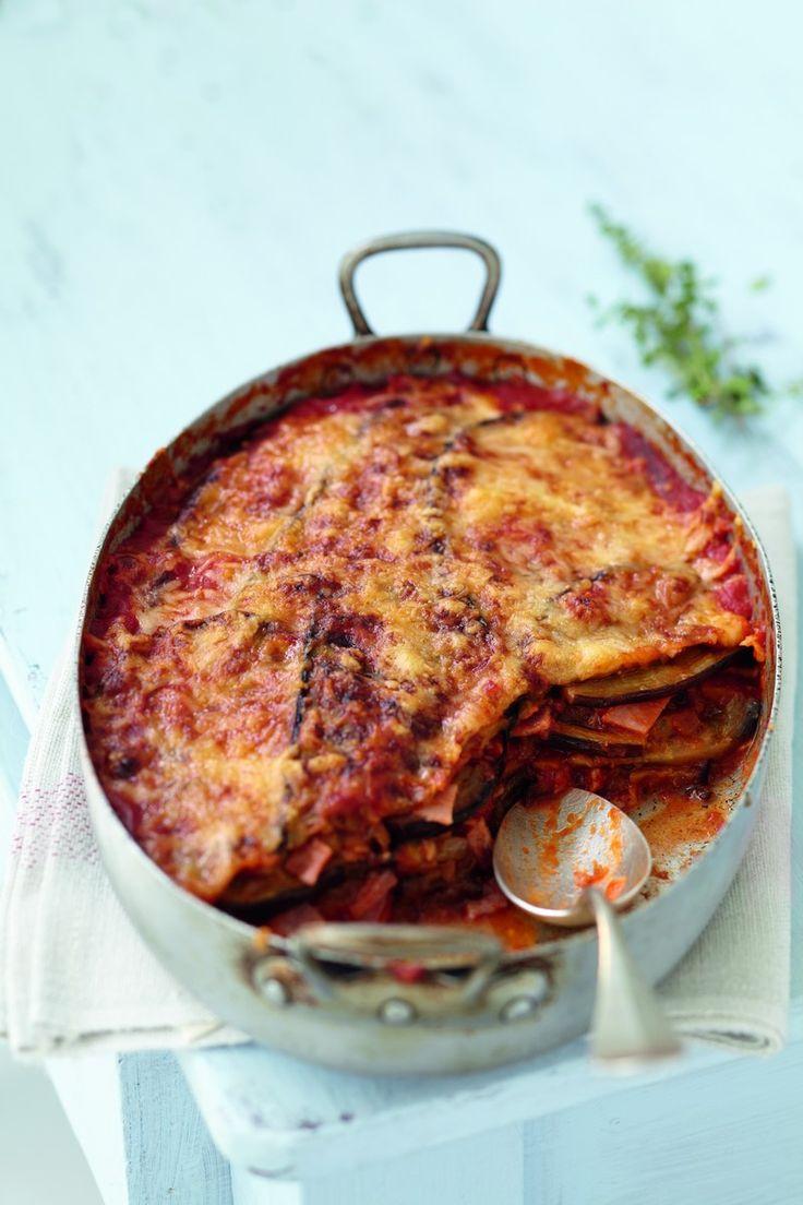 Un gratin d'aubergines pour un repas gourmand aux accents italiens.