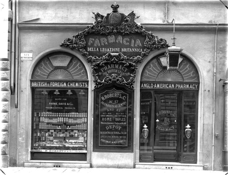 Farmacia Inglese on Via Tornabuoni