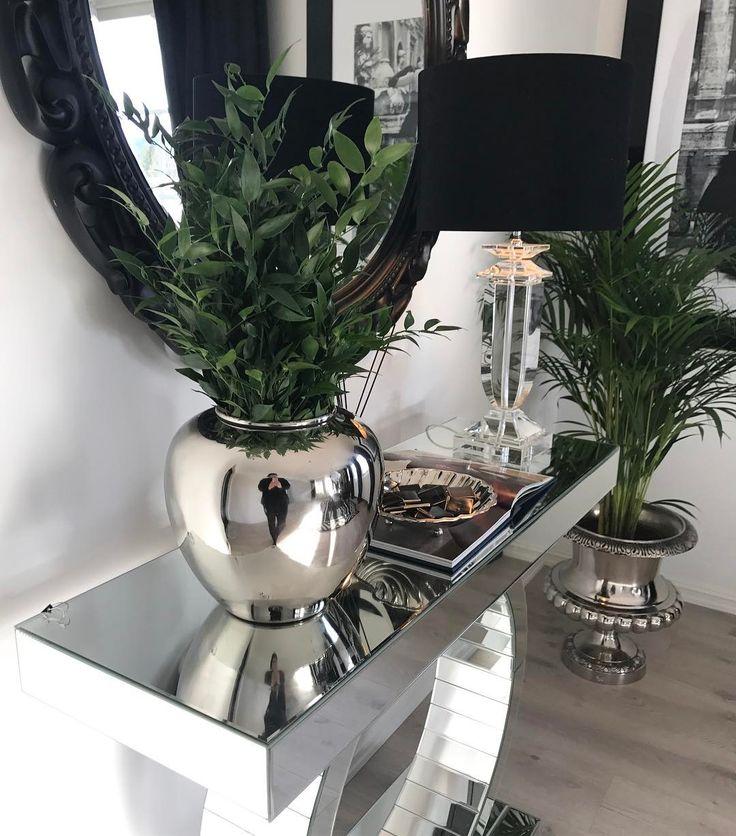 147 отметок «Нравится», 2 комментариев — Luxury Design ❤️ (@luxurydesign.no) в Instagram: «Nydelig Manhattan vase på lager  www.Luxurydesign.no»