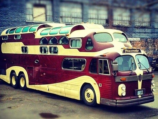 The Flying Tortoise: There's Some Very Interesting Homes On Wheels Out There...