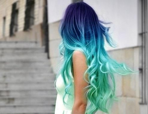 blue/teal/green hair