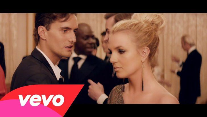 Pin for Later: 27 Celebrity Couples Who Flaunted Their Love in Music Videos Britney Spears and Jason Trawick