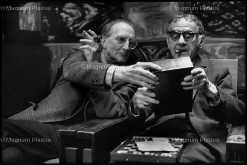 HCB FRANCE. Paris. 1968. French artist Marcel DUCHAMP and US artist MAN RAY, at Man Ray's home.