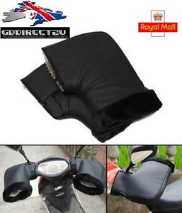 a prueba de agua motocicleta invierno calido guantes protectores termicos mango bar nuevo reino unido - Categoria: Avisos Clasificados Gratis  Estado del Producto: Nuevo con etiquetasNEW 2016 UK Waterproof Motorcycle Winter Warm Protective Thermal Handle Bar GlovesUK Seller UK StockDescription:Fleece lined with waterproof outer for ultimate protectionKeep your hands and arms warm and dryFit for most motorcycle and scooters with 22cm handlebarsSuch as…
