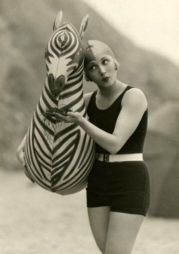 1920s swimwear... and zebra.