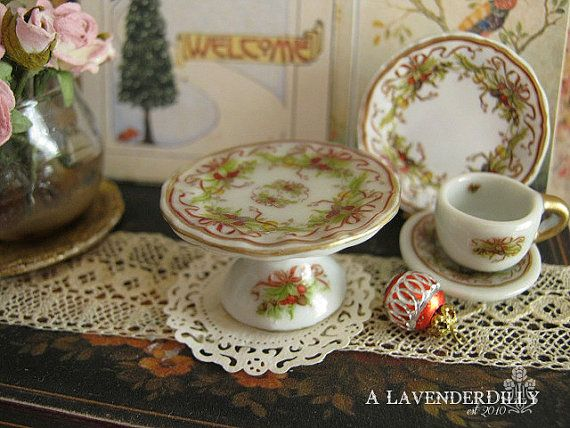 Christmas Tiffany Cake Stand for Dollhouse