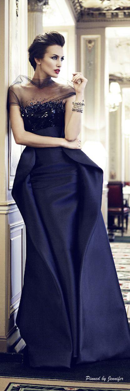 Glitz & Glamour Gowns https://www.pinterest.com/susiewoozie23/glitz-glamour-gowns/