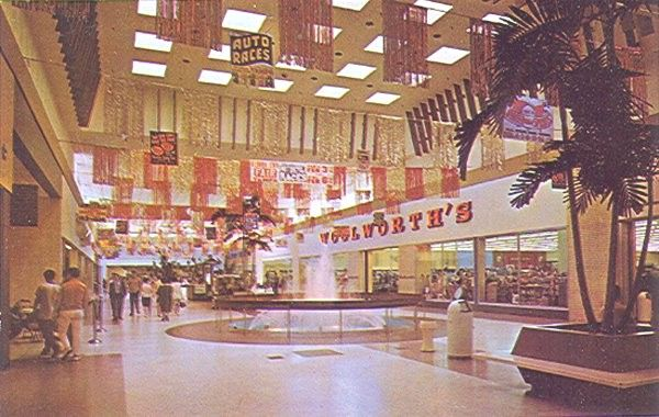 This is how I remember shopping malls from my childhood - and this mall had a big Woolworth's!  (From MALL HALL OF FAME)