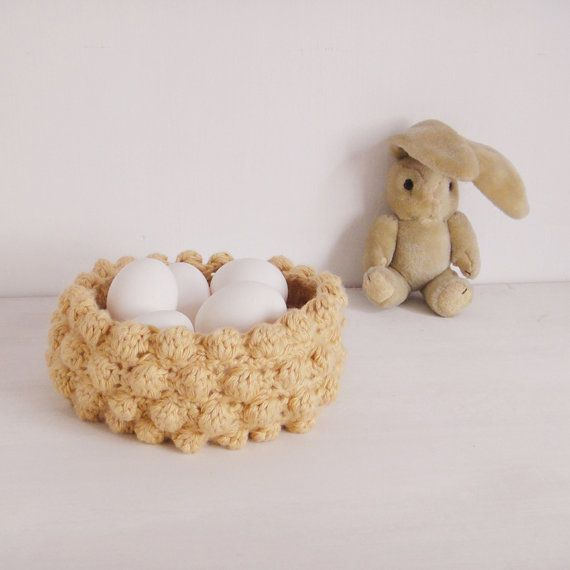 Easter Basket Nest crochet Photo tutorial pattern PDF by Sol Maldonado