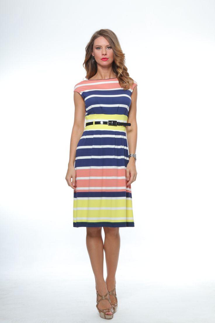 Rochie colorata de zi