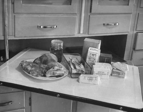 WW2 Family food rations for a week - Could your family survive on this today?  Doubtful!