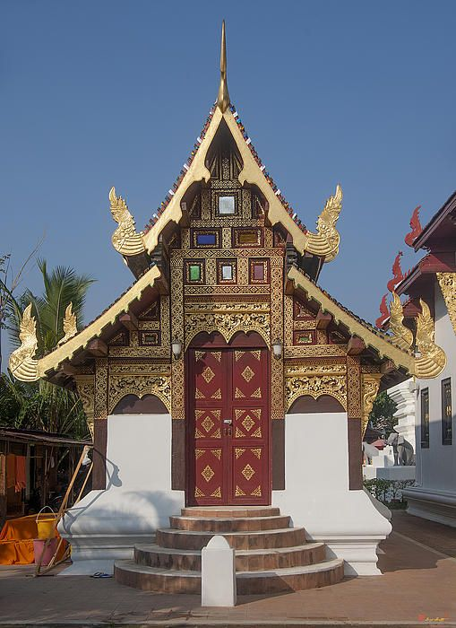 2013 Photograph, Wat Duang Dee Phra Ubosot, Tambon Sri Phum, Mueang Chiang Mai District, Chiang Mai Province, Thailand, © 2013.  ภาพถ่าย ๒๕๕๖ วัดดวงดี พระอุโบสถ ตำบลศรีภูมิ เมืองเชียงใหม่ จังหวัดเชียงใหม่ ประเทศไทย
