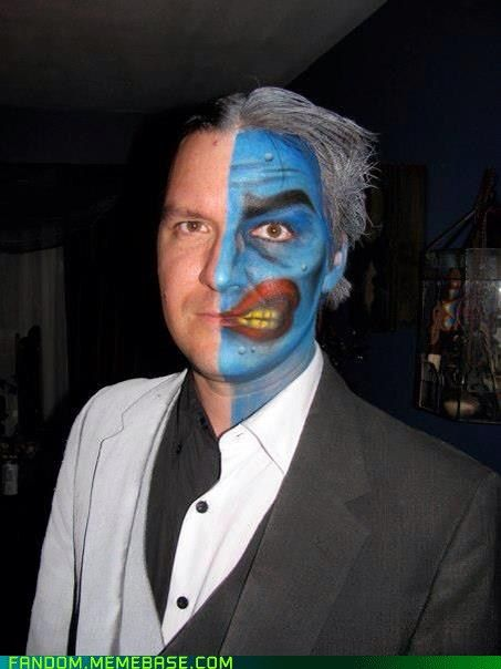 batman's two face | tags: comicbook , cosplay , costume , images