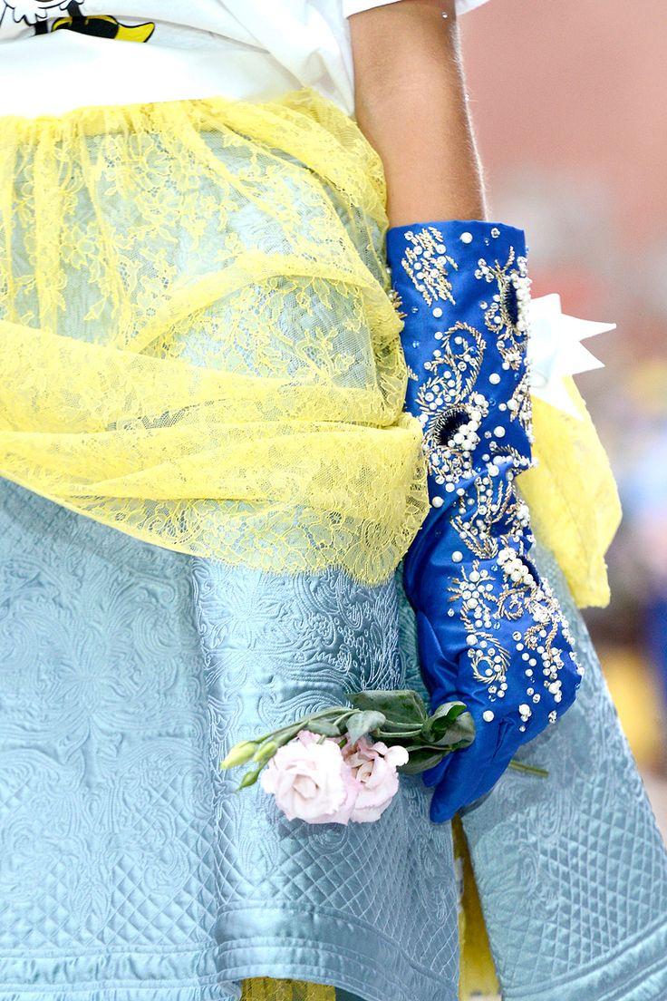 Meadham Kirchhoff #lfw: 2013 Rtw, Fancy Gloves, Fashion Details, Meadham Kirchhoff Spring 2013, Seduction Gloves, Bellagio Blue, Photo, Blue Gloves, London Fashion Weeks