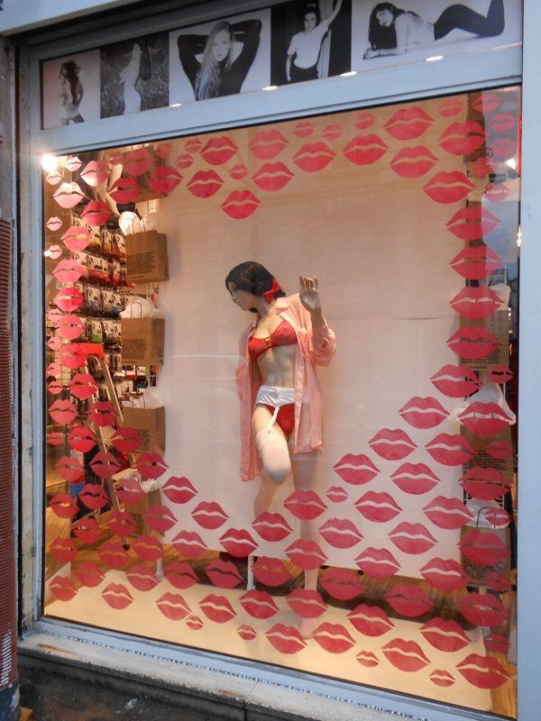Window Displays on Designspiration