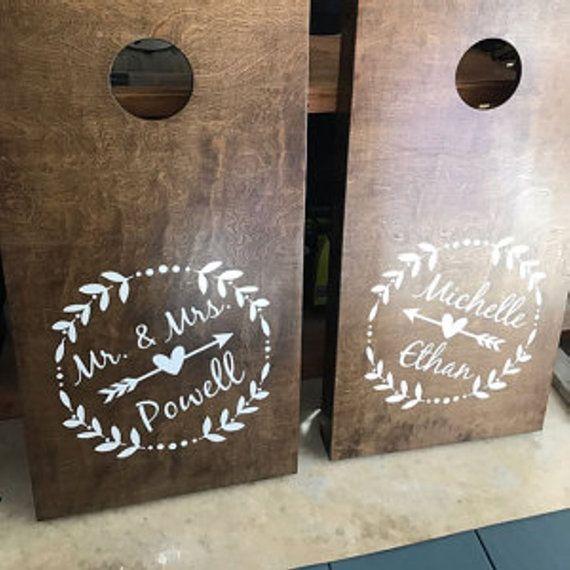 Atento las etiquetas de la boda | Personalizada corona de Laurel y flecha vinilo Decal Set para los tableros de juego atento