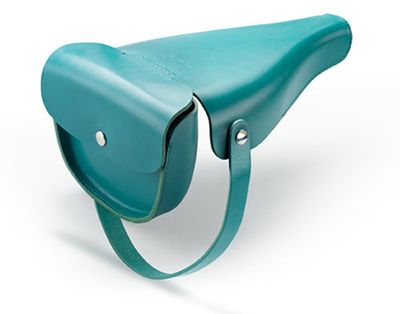 in love with this leather bicycle seat cover with saddlebag