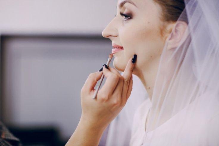 Trik Makeup untuk Pengantin Berpipi Chubby
