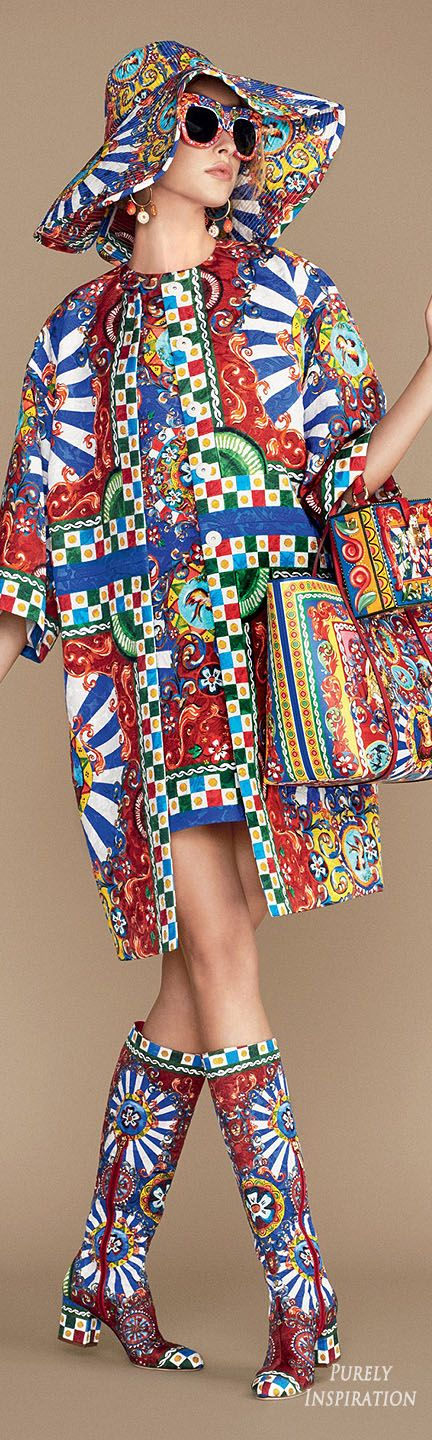 Dolce & Gabbana SS2016 Carretto Siciliano Women's Fashion RTW | Purely Inspiration