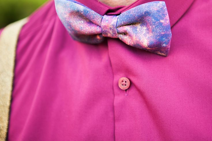 Cosmic bow-tie. & the best colours - for an 'all that glitters & gold' themed wedding.