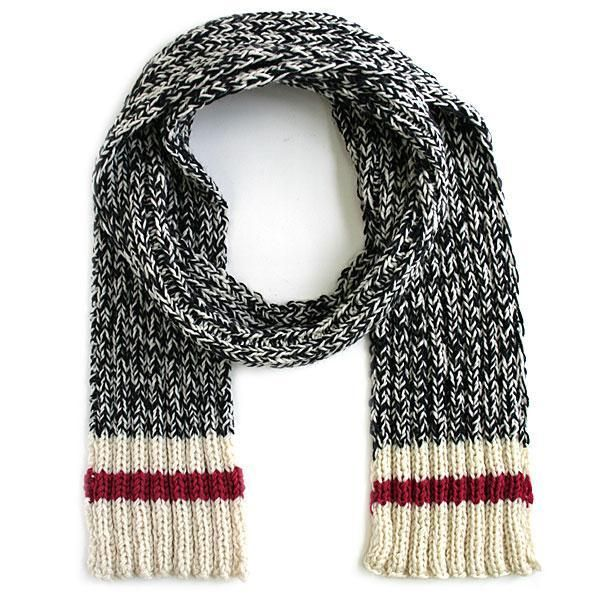 Knitted Scarf Pattern With Sock Yarn : 1000+ ideas about Knitting Scarves on Pinterest Knitting, Knitting patterns...