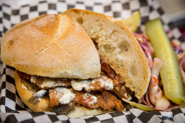 Food Truck Stop Curbalicious - Toronto Food Trucks