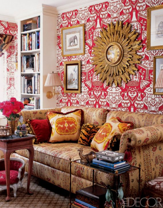 Traditional Style Living Room With A Great Cherry Red Wallpaper.