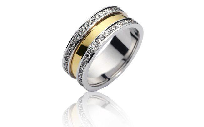 Segundo a consultora Claudia Santana, corte do diamante determina o brilho da joia. Modelo Destino em ouro branco e ouro amarelo 18k com diamantes. Da Amsterdam Sauer. Foto: Divulgação