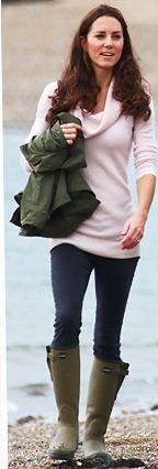 Who made Kate Middleton's pink turtle neck sweater and green rain boots? Sweater – John Lewis Shoes – Le Chameau