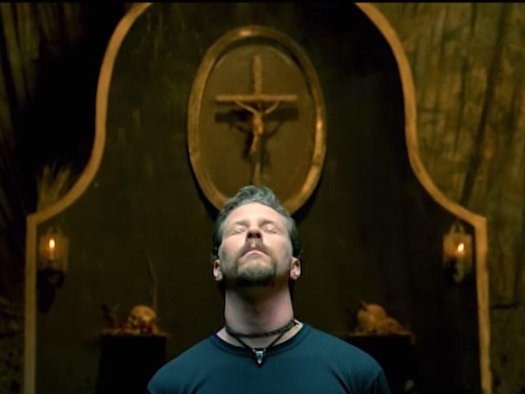 Metallica- Until It Sleeps Music Video http://www.tunescope.com/videos/metallica-until-it-sleeps-music-video/