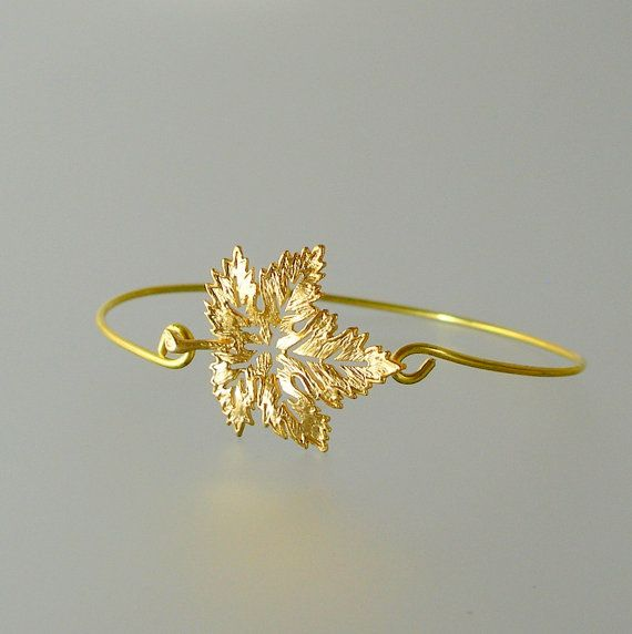 Gold Maple Leaf-Armreif Gold Armreif Gold Maple von LilyAndLouise
