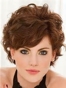 Short Hairstyles For Round Faces Double Chin And Fine Thin Hair Yahoo Image Search Resul Curly Hair Styles Fine Curly Hair Short Curly Hairstyles For Women