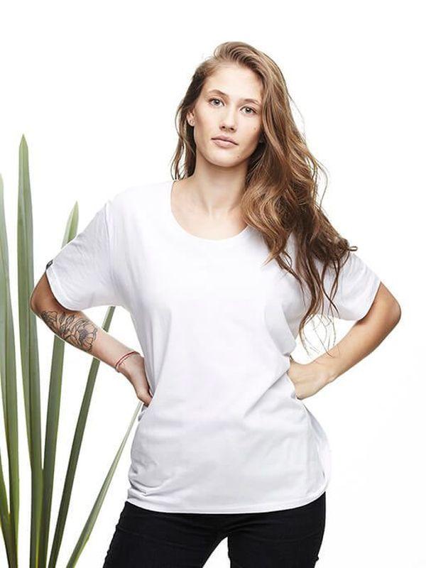 T-Shirt 008 Premium White - T-Shirt em algodão pima.  Gola redonda.  100% algodão.
