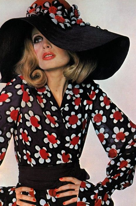 Joanna Lumley in Marc Bohan for Dior Haute Couture, 1968 vintage fashion style couture designer 60s 70s maxi dress long sleeves hat floppy navy blue white daisy red centers